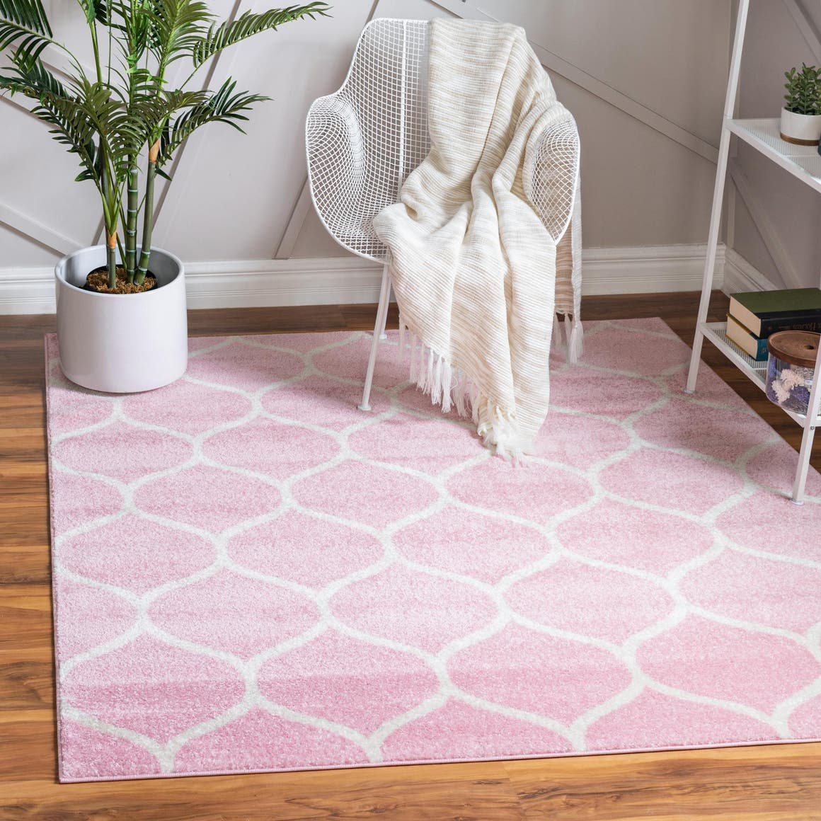 6' x 6' Trellis Frieze Square Rug main image