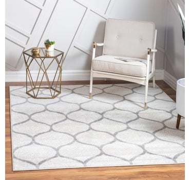 4' x 4' Trellis Frieze Square Rug main image