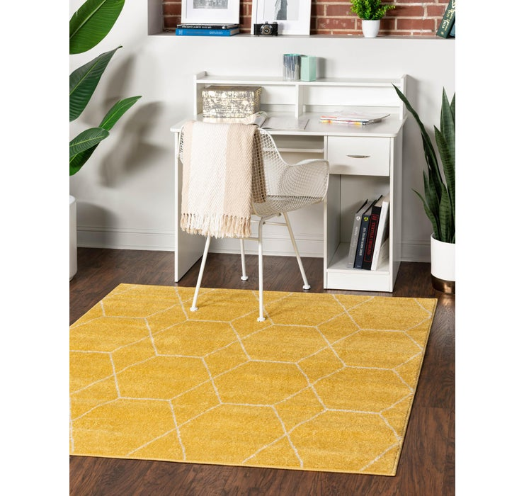 6' x 6' Trellis Frieze Square Rug