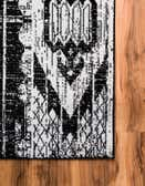 2' 2 x 6' Oregon Runner Rug thumbnail