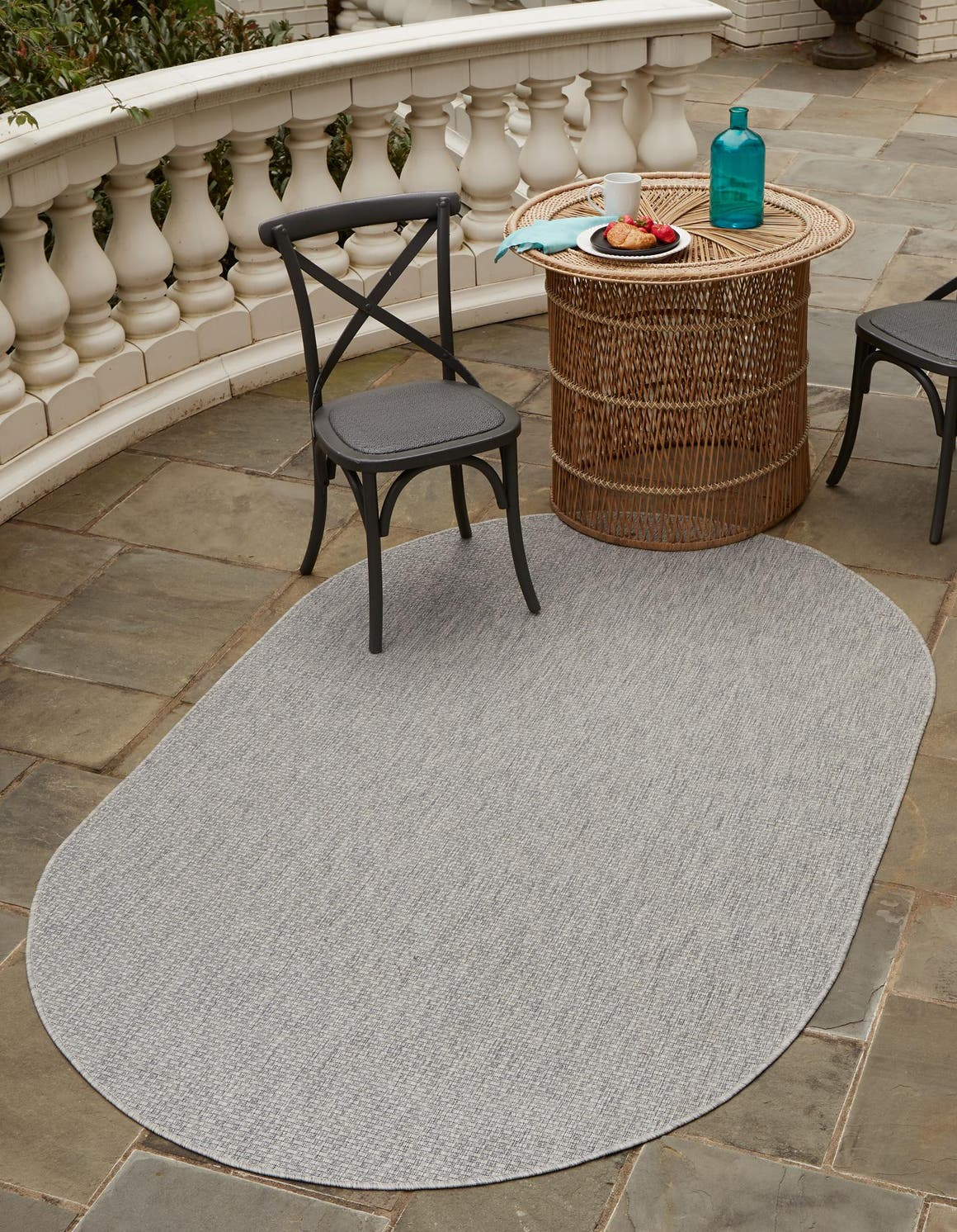 8' x 10' Outdoor Solid Oval Rug main image