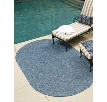 5' x 8' Outdoor Solid Oval Rug main image