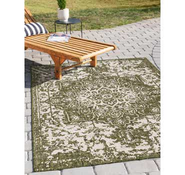 Green Jill Zarin Outdoor Rug