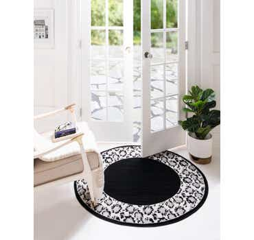 4' x 4' Vince Camuto Round Rug
