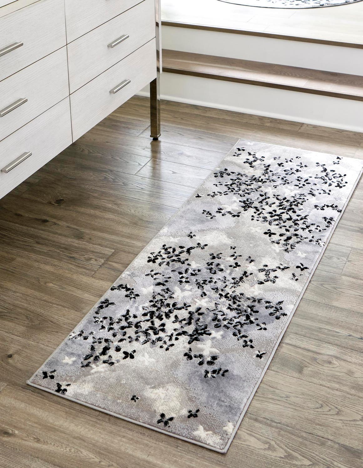 2' x 8' 8 Vince Camuto Runner Rug main image