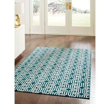 7' 10 x 10' Vince Camuto Rug main image