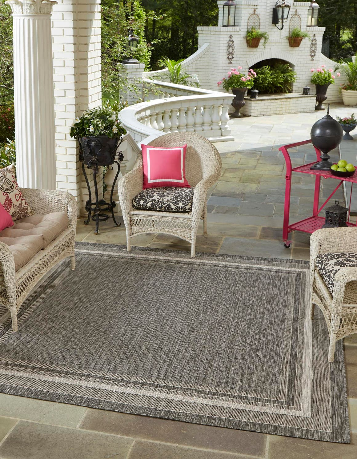 5' x 5' Outdoor Border Square Rug main image