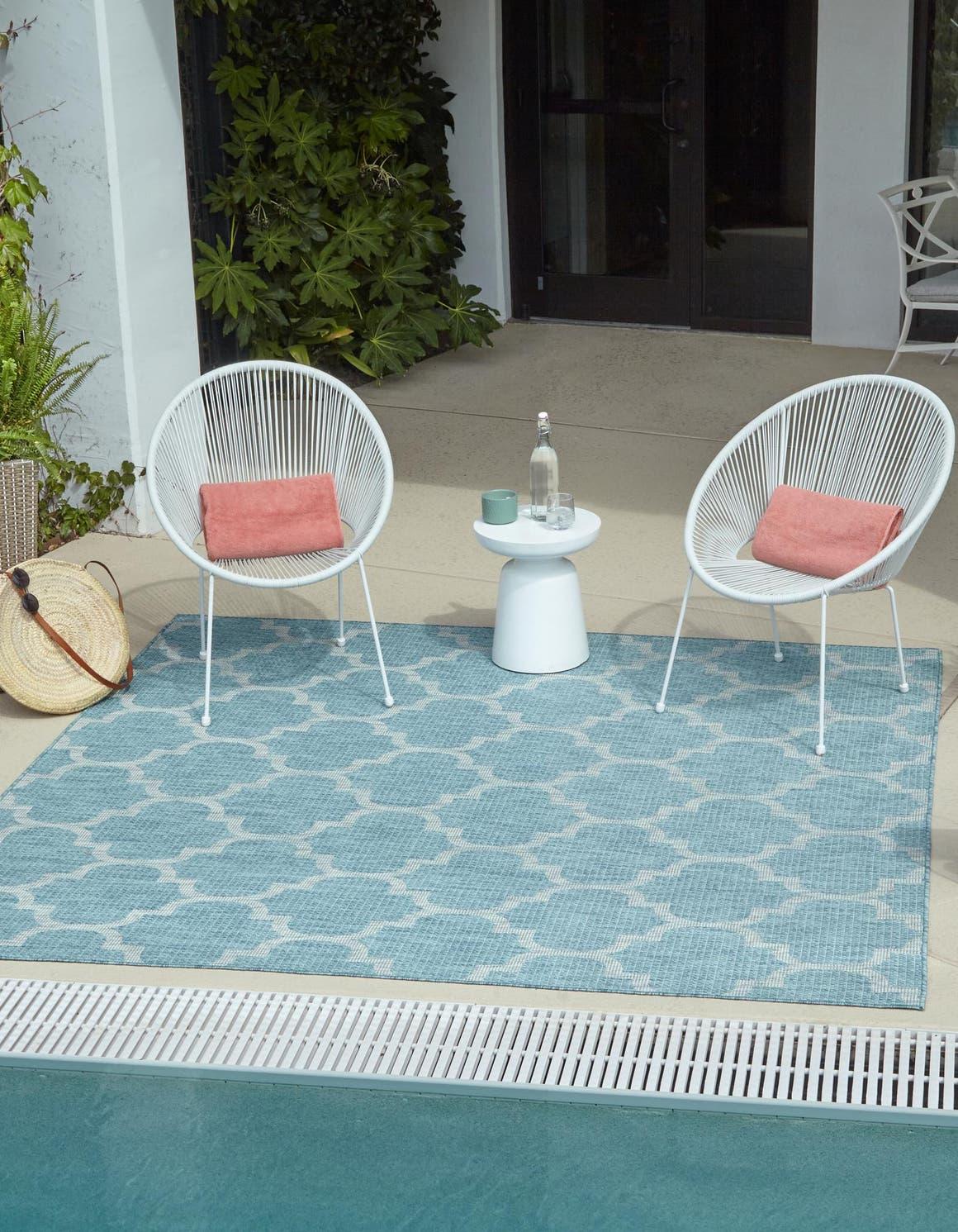 5' x 5' Outdoor Trellis Square Rug main image