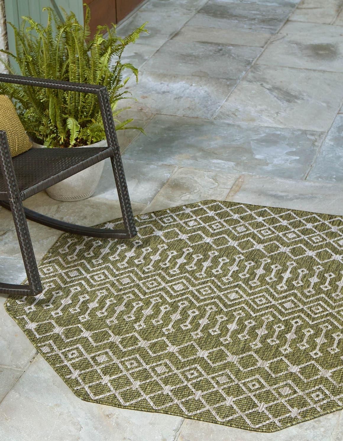 5' 3 x 5' 3 Outdoor Trellis Octagon Rug main image