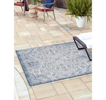 5' 3 x 5' 3 Outdoor Aztec Square Rug