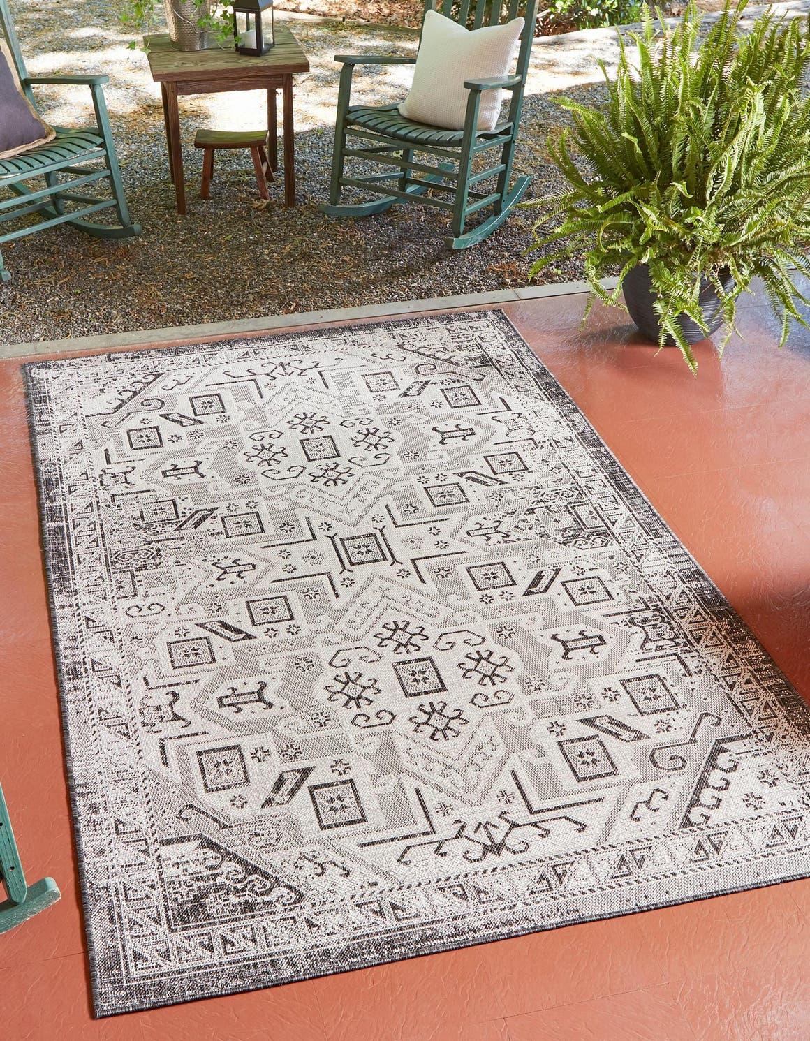 9' x 12' Outdoor Aztec Rug main image